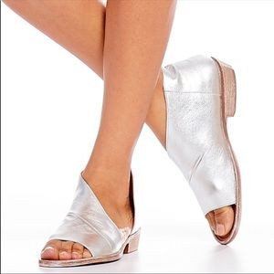 Free People Mont Blanc leather sandals silver Sz 8